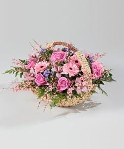 """Подарочная корзина """"Розовые очки"""""""