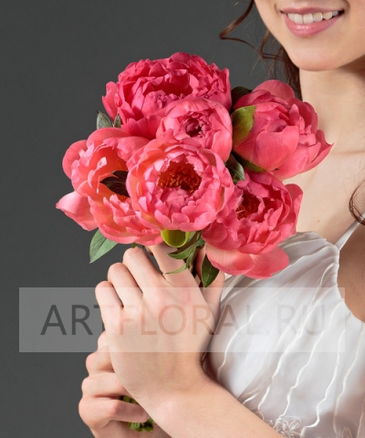 Свадебный букет из пионов №39