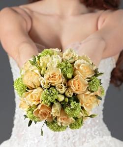 Свадебный букет невесты из роз №36