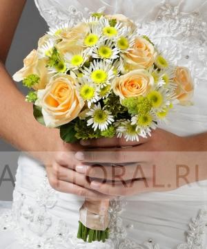 Свадебный букет из роз и хризантем №4
