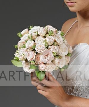 Свадебный букет из кустовой розы №12
