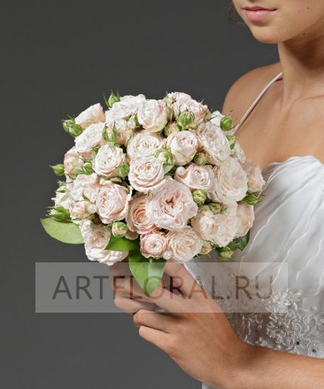 Свадебный букет из кустовых