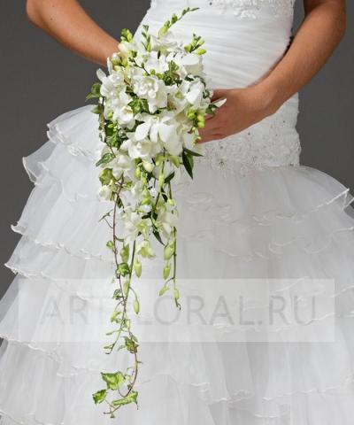 Свадебный букет из фрезий и орхидей №20
