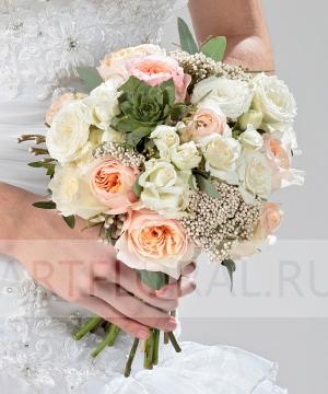 Свадебный букет из пионовидных и кустовых роз №206