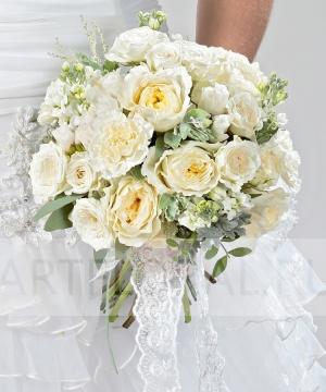 Свадебный букет из пионовидной и кустовой розы №207