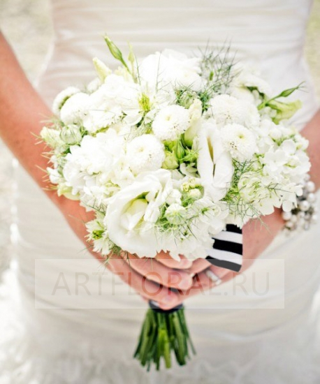 Свадебный букет из эустомы №140