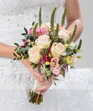 Свадебный букет из роз и эустомы №203