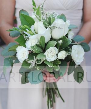 Свадебный букет из кустовых роз №164