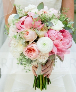 Свадебный букет из пионовидных роз №149